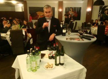 Degustacja wina  – Kolumna Park